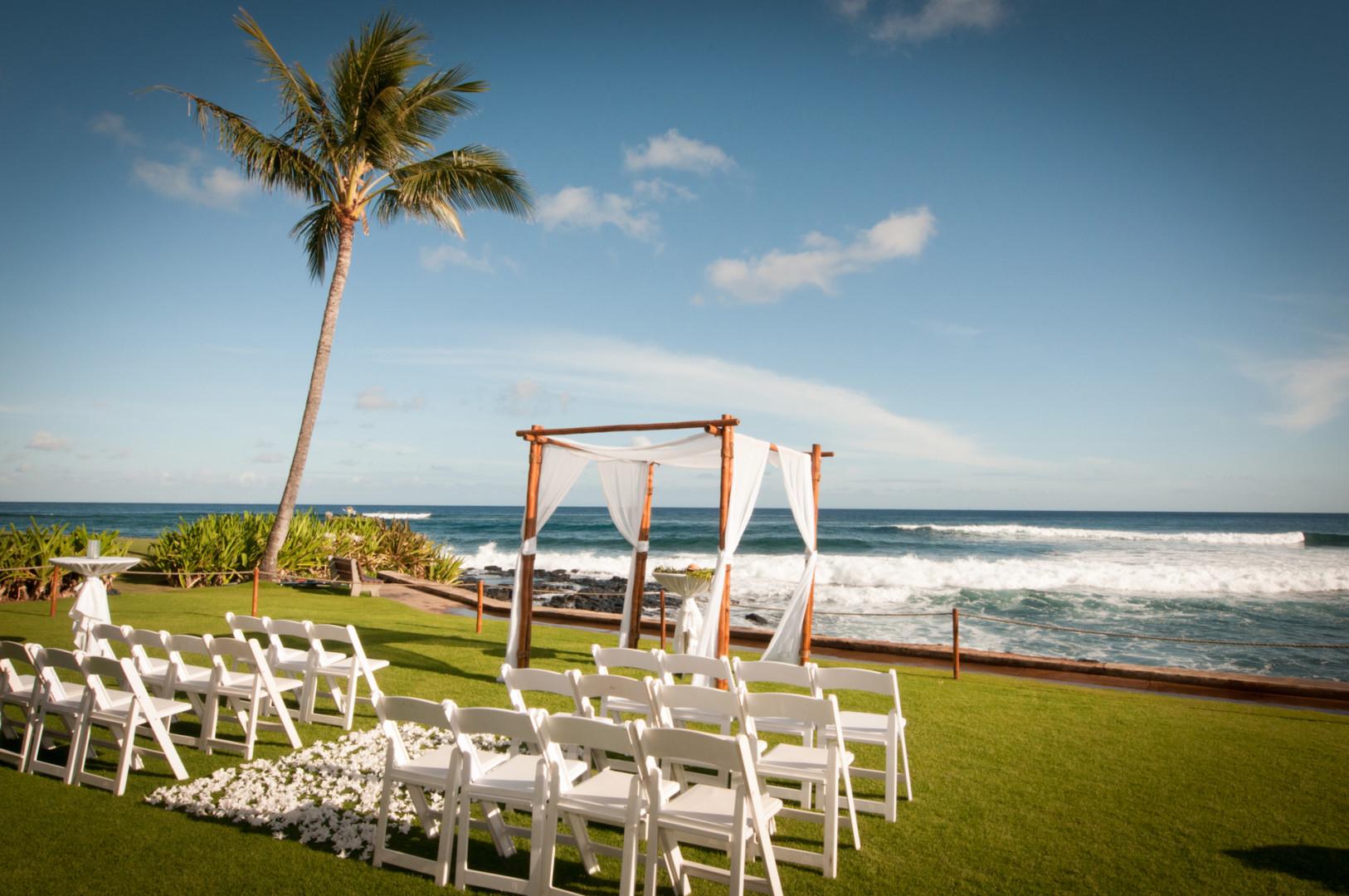 Imagesbyliz Wedding Photographer Beach House Restaurant Kauai0018